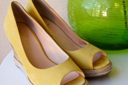 Cole Haan yellow peep toe sandals_details
