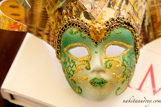 Venetian mask miniature from Rome Italy